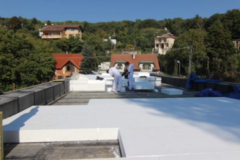 4 tepelna izolacia strechy